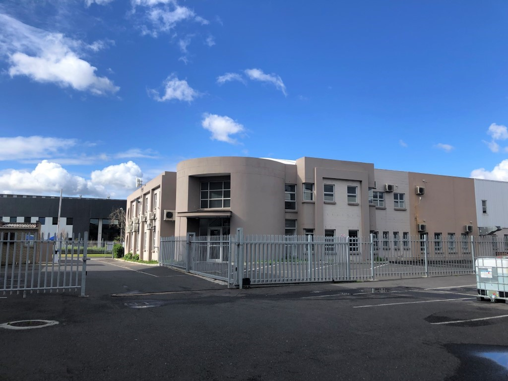 1663m² Warehouse For Rent in Montague Gardens